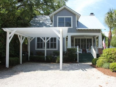 16 Live Oak Beach Cottage- Frontal View