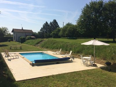 Beautiful rural cottage with huge garden and private pool