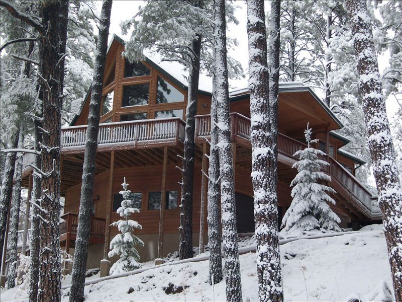 Luxury lakeview cabin 4bd 3 bath 39 winter has vrbo for Luxury winter cabins