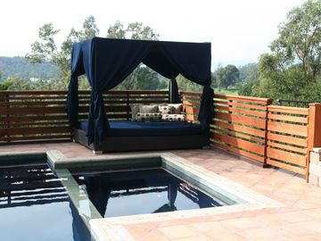 Ojai house rental - Pool Bed