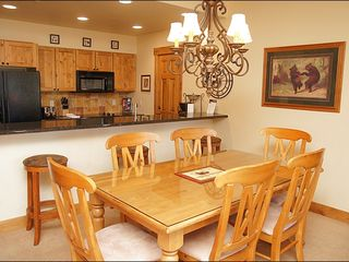 Steamboat Springs condo photo - Dining for 6 + 3 Bar Seats