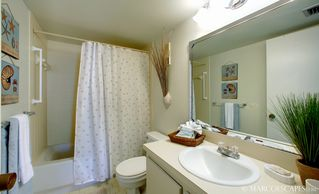 Vacation Homes in Marco Island condo photo - Second Bath w Linen Closet Stocked w Beach Towels