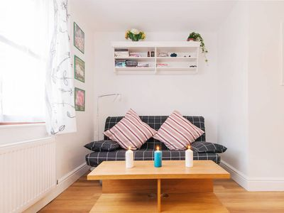 Stunning Flat Near Central London - 20 minutes to Kings Cross, Centre & West End