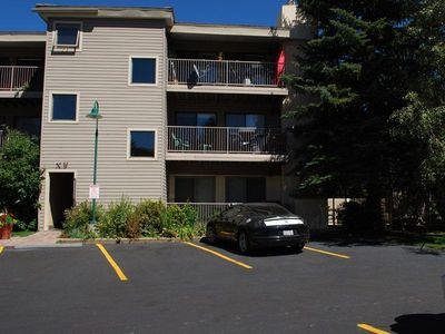 3BR Minutes to Beaver Creek or Vail. Lake nearby. Ground Floor. Handicap Access.