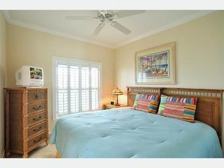 Key West condo photo - The 2nd Bedroom: 2 twins convert to king bed.