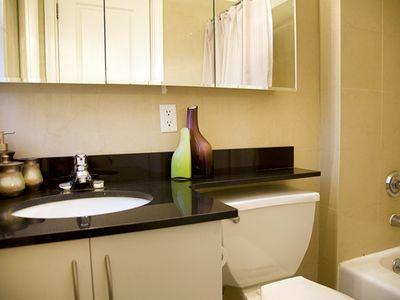 Midtown Manhattan condo rental - First Bathroom