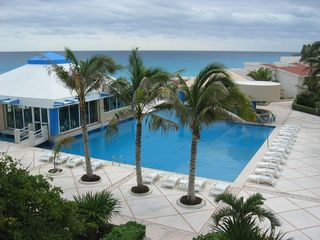Cancun condo photo - Pool area