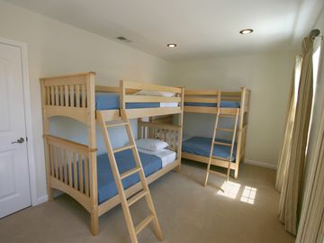 Third bedroom with 4 bunks.