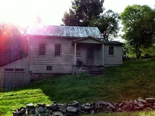 Chatham farmhouse photo - .
