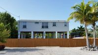 Nice family home located in a friendly family neighborhood. Relaxation & Fishing