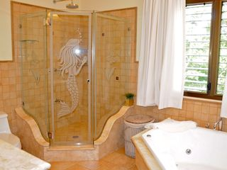 Playa Carrillo villa photo - Master bathroom with jacuzzi and marble finishings