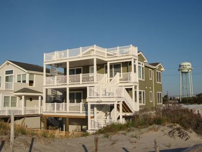 Front of house facing Beach