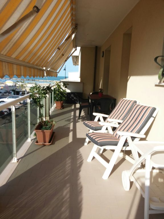 Rimini Viserbella: Very nice flat- (3 rooms - 2/5 persons) near the sea!