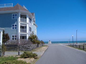 Oak Bluffs condo rental - Seaview Condo 2nd floor on Inkwell Beach