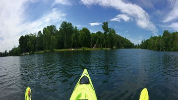 The Lily Pad Cottage Spring Fed Lake DIRECT LAKE FRONT Kayaks! NEW Construction