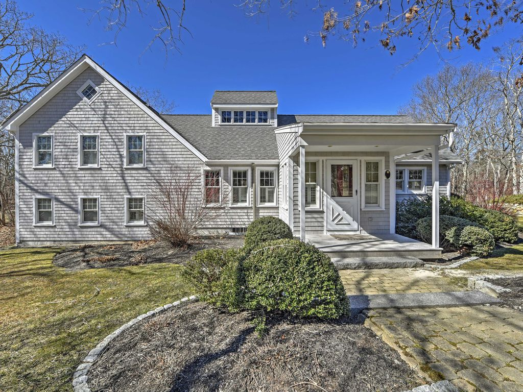 New private 4br edgartown house near beach vrbo for 8 bedroom vacation homes
