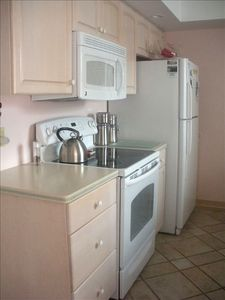 Anna Maria house rental - Kitchen with new appliances