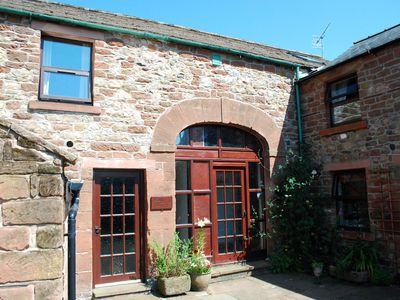 HELM COTTAGE (CHURCH COURT COTTAGES) - YOUR COSY COUNTRYSIDE RETREAT !