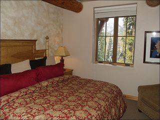 Mountain Village house photo - Third Bedroom with King Bed and Shared Bath