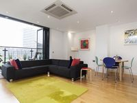 Slick apartment in the City of London