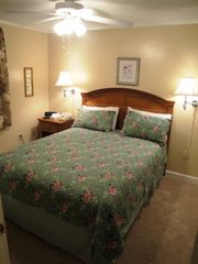 Snowshoe Mountain condo photo - Bed Room/Queen Bed