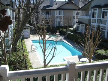 Walnut Creek condo rental - View of the pool from the living room balcony