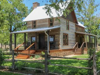 Gorgeous 1860 S Log Cabin With Private Hot Vrbo