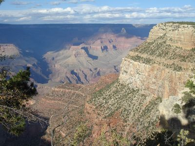 Come explore the beautiful Grand Canyon...only 1 hour away!
