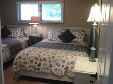 Large extra bedroom with two (2) queen size beds