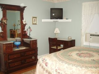 Niantic house photo - Downstairs Bedroom