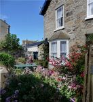 Comfortable family cottage in the centre of Marazion near sandy beach