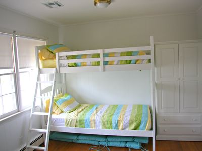 Mantoloking house rental - Bedroom