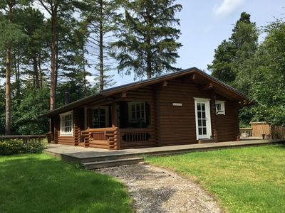 Very welcoming log cabin in high quality for 4 people with wifi and int.