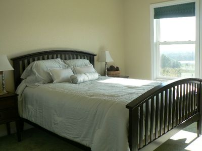 Dundee house rental - Upstairs bedroom #2