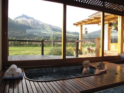 Lago San Pablo house rental - jacuzzi with amazing mountain view