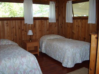 Another bedroom with twin beds.
