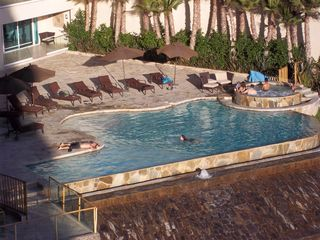 Rosarito Beach condo photo - 3rd floor pool & Jacuzzi