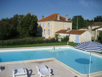 Jonzac area house rental - More recent photo of house and pool