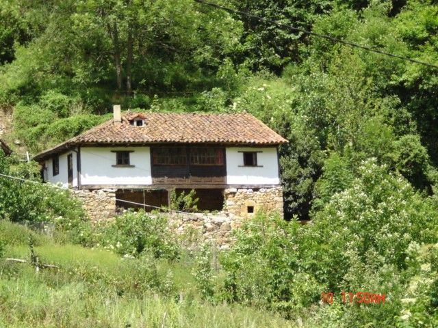 Genuine Asturian house in the Natural Park of Somiedo