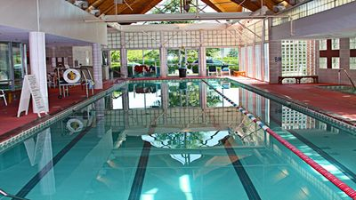 Indoor Heated Pool, Jacuzzi and Saunas
