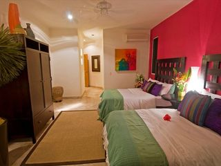 Manzanillo villa photo - Guest Suite, 'Hibiscus Flor'