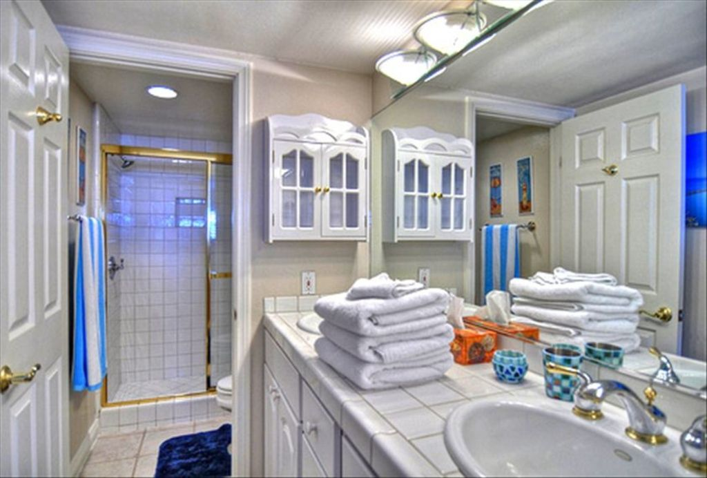 Two baths, shower or another shower plus tub also availble.