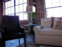 Historic downtown loft! Perfect location. 115nt!