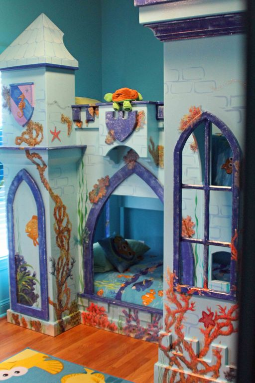 finding nemo themed bedroom this room has two twin bunkbeds one not