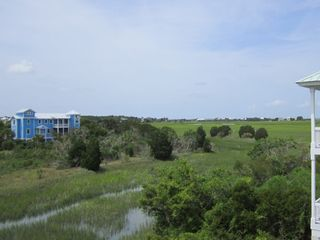 Harbor Island house photo - .View from the rear decks....watch tides and wildlife in the tidal marsh