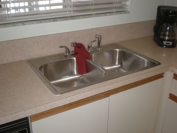 Brand new kitchen sink!