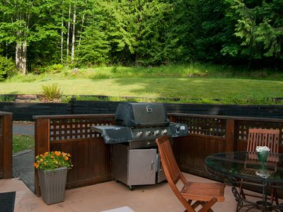 Enjoy barbecues on the back deck in summer. Quiet setting on one acre property