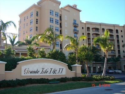 Grande Isle II entrance