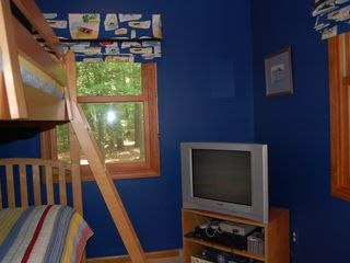 Lake Gaston house photo - blue room - bunk beds, VCR and Nintendo system - games & tapes available