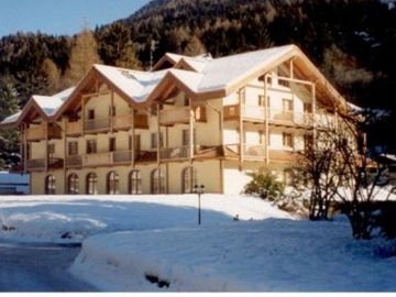 Madonna di Campiglio apartment rental - .